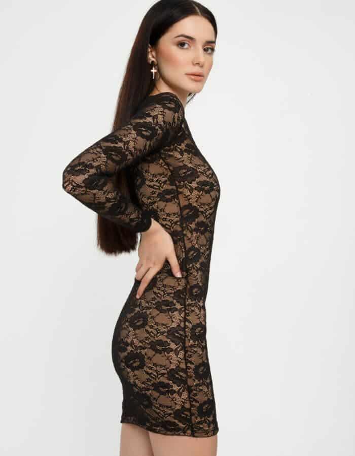 Φόρεμα δαντέλα με έναν ώμο 3