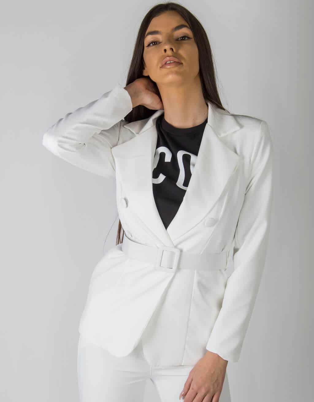 Λευκό Κοστούμι 1